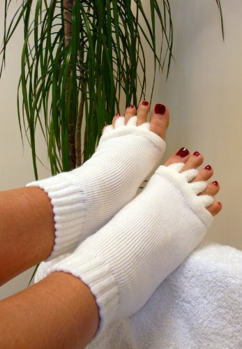 Soft And Fluffy Toe Alignment Socks - Medium