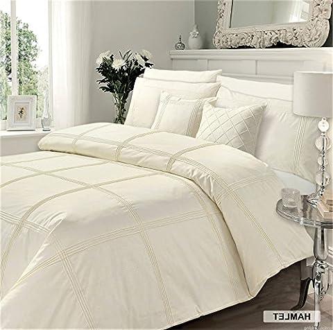 Designer Luxury Embroidered Hamlet Duvet/ Quilt Cover Bedding Set With Pillows (King, Cream)