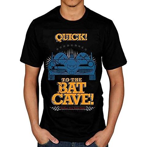AWDIP Hombres de producto oficial de DC Comics Batman rápido de el bate cueva camiseta TV