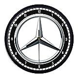 Wanduhr aus Kunststoff Mercedes