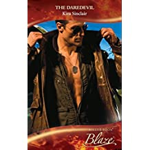 The Daredevil (Mills & Boon Blaze) (Uniformly Hot!, Book 5)