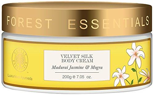 Forest Essentials Madurai Jasmin und Mogra Samt Seide Body Cream, 200g --