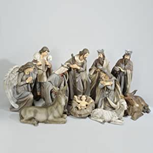 Izaneo creche geante 11 santons de noel for Decoration de noel amazon