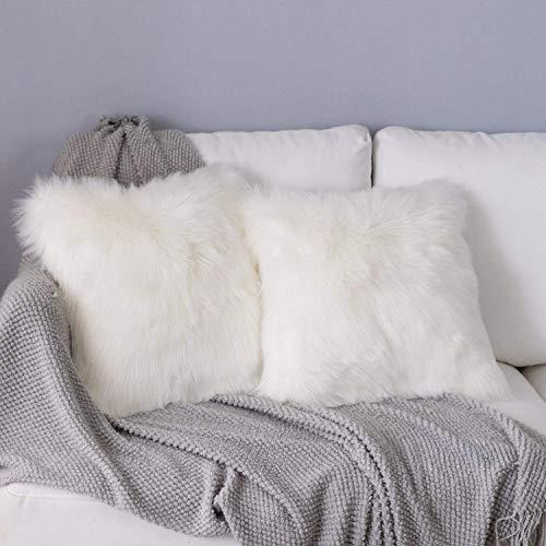 DQMEN 2Pcs Housse de Coussin, Fausse Fourrure Deluxe Décoratif Canapé Chambre Lit Super Doux Peluche Mongolie Taie d'oreiller (2Pcs Blanc, 45 x 45cm)