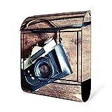 BANJADO Design Briefkasten schwarz | 38x47x13cm groß mit Zeitungsfach | Stahl pulverbeschichtet | Wandbriefkasten mit Motiv Alte Kamera mit silbernem Standfuß