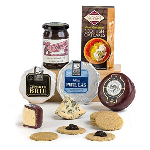 Hay Hampers - Winter Cheese Selection with Crackers & Chutney - FREE UK Delivery