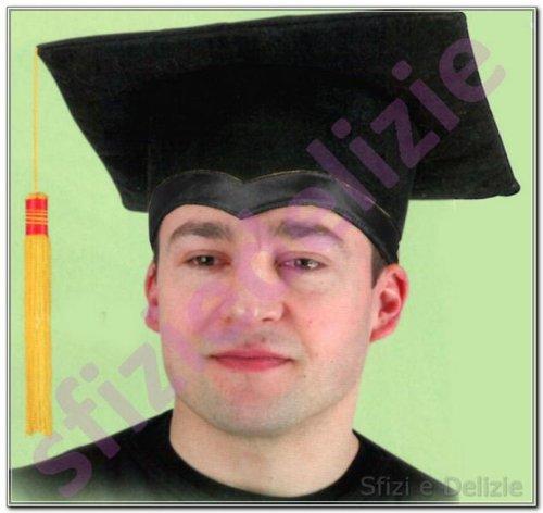 CARNIVAL TOYS S.R.L., chapeau en feutre ÉTUDES SUPÉRIEURES