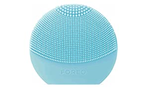 FOREO LUNA Play Plus, Portable Facial Cleansing Brush, Mint, Replaceable Battery and Waterproof Skin Care Device