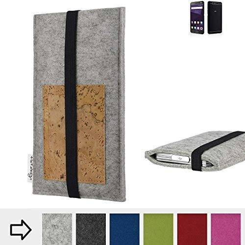 flat.design Handy Hülle Sintra für ZTE Blade V8 64 GB maßgefertigte Handytasche Filz Tasche Schutz Case Kartenfach Kork