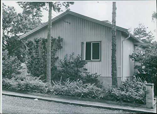 vintage-photo-of-anatole-ericsson-spionhus-in-mlarhjden-in-stockholm