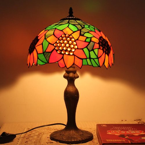 Tiffany lamp shade green sunflower garden lamp bedside lamp bedroom lamp table lamp fashion