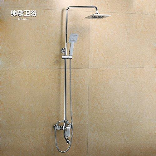 articoli-sanitari-doccia-sotto-la-pioggia-con-portatile
