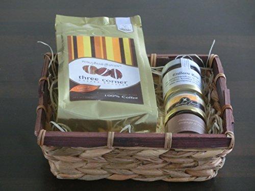 Geschenkkorb / Präsentkorb Frühstück Lecker: Kaffee, hausgemachte Marmelade, Schokoladencreme, Honig | gut als Geschenkkorb für Kunden, kleiner Geschenkkorb, Geschenkkorb