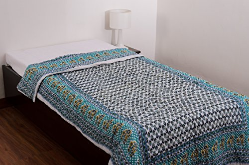 eCraftIndia Designer Floral Cotton Single Quilt - Blue and White