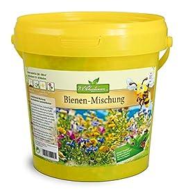 Bienen-Mischung im 1 l EimerMit dieser herrlichen, farbenfrohen Mischung schafft man bunte Blumeninseln im Garten. Schnell und langsam blühende Arten wurden zusammengestellt, um einen abwechslungsreichen, lang anhaltenden Blütenflor zu erhalten. Schm...