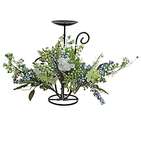 Homescapes Festive Pillar Candle Holder Cast Iron Berry Hydrangea Table Decoration Centre Piece Vintage Candle Stand