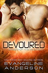 Devoured: Brides of the Kindred 11(Alien BBW Shapeshifter Romance) (English Edition)