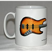 Chitarra Mug. Jaco Pastorius' 1962 Fender Jazz illustrazione 'Bass of Doom'.