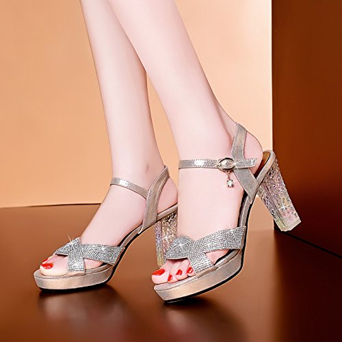 Le nouveau talons haute couture printemps été 2017 chaussures diamant brut avec tête sandales imperméable à l'eau Gold