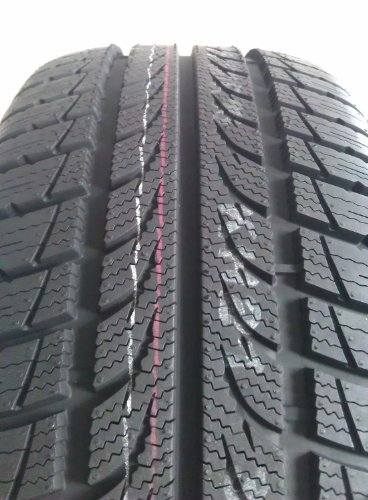 Avon ice touring – 185/60 r14 82t – f/c/70 – winter tire