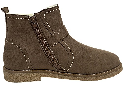 57ac4ce94b7cd0 ... Foster Footwear