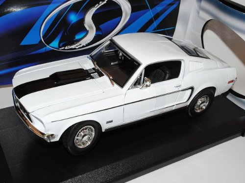 Maisto Ford Mustang GT Coupe Weiss Cobra Jet 1968 I 2.Generation 1/18 Modell Auto