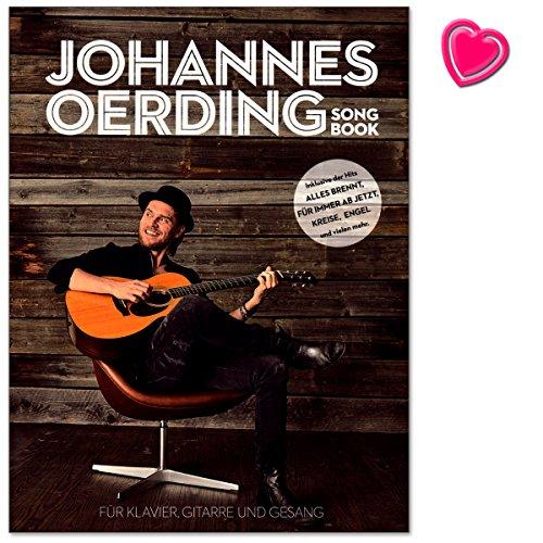 Johannes Oerding Songbook - sein erstes Songbuch mit 16 Titeln für Klavier, Gesang und Gitarre arrangiert - Notenbuch mit mit bunter herzförmiger Notenklammer (Engel Boxer)