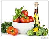 Wallario Stilvolle Glasunterlage / Schneidebrett aus Glas, Frische Salatzutaten mit Kräuter-Öl - Tomaten, Gurke, Petersilie, Größe 30 x 40 cm, kratzfest, aus Sicherheitsglas