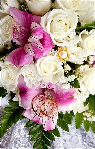 Reproduction sur toile 20 x 30 cm: Gold wedding rings on flowers de Colourbox - Reproduction prête à accrocher, toile sur châssis, image sur toile véritable prête à accrocher, reproduction sur toil...