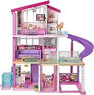 دمية باربي دريم هاوس مع مصعد يمكن الوصول اليه بواسطة الكراسي المتحركة ومسبح ومنزلقة و 70 قطعة اكسسوار تشمل الا