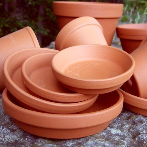 Round Terracotta Plant Pot Saucers - 11cm Diameter (Pack Of 10)