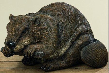 Figure résine synthétique castor brun H19 cm L36 cm