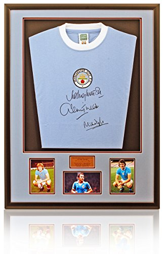Manchester-City-1970s-Retro-hand-signed-shirt-Marsh-Tueart-Doyle