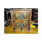 int. d'ailleurs - Quadratische Mango Garderobe mit vier Messing Buddha - AC763