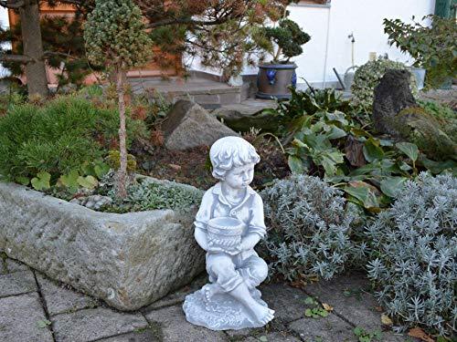gartendekoparadies.de Massive Steinfigur Junge mit Pflanztopf Kinderfigur aus Steinguss frostfest