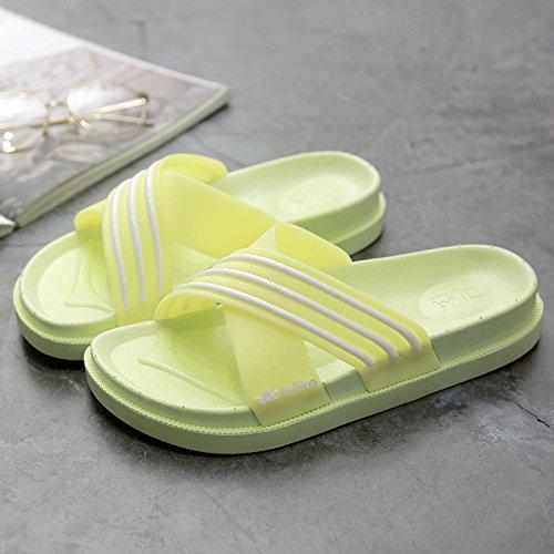 DogHaccd Chaussons ,Des couples chaussons d'été féminins accueil séjour avec une salle de bains en plastique épais antidérapant bain froid chaussons hommes et les chaussures. Green Apple2