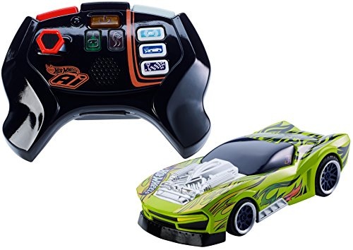 Mattel Hot Wheels FBL87 - Smart Car Street - Coche teledirigido y mando