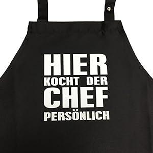 Hier kocht der Chef persönlich - Kochschürze, Grillschürze mit verstellbarem Nackenband und Seitentasche (Schwarz)