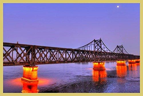 bild-mit-rahmen-hady-khandani-hdr-illuminated-sino-korean-friendship-bridge-over-yalu-river-between-