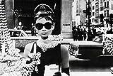 1art1 36640 Audrey Hepburn - Sunglasses Poster (91 x 61 cm)