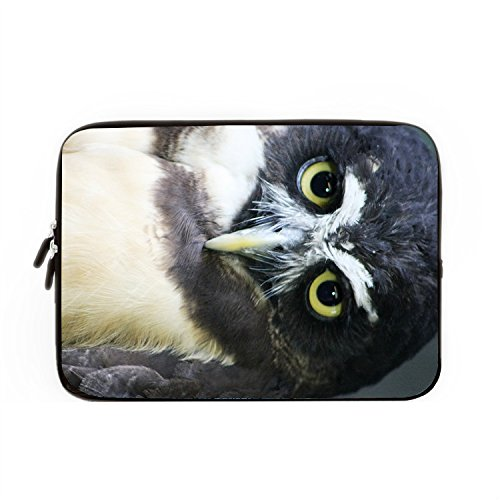 hugpillows-laptop-sleeve-bag-vivid-owl-eye-looking-notebook-sleeve-cases-with-zipper-for-macbook-air