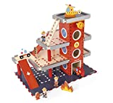 Janod J05717 - Feuerwehrstation Holz (Inkl. 10 teile Zubehör Aus Holz)