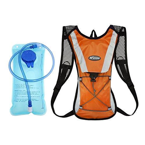 Trinkrucksack mit 2L Trinkblase, KUYOU Hydration Rucksack Ultralight Laufrucksack mit Trinksystem für Camping, Wandern, Reisen, Laufen