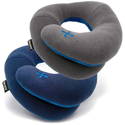 BCOZZY Kinnstütz-Reise-Nackenkissen - Unterstützt den Kopf, Hals und das Kinn in jeder Sitzposition. Ein patentiertes Produkt. Set von 2. Erwachsenen Größe, MARINEBLAU + GRAU