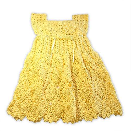 Vestido de niña, color amarillo.