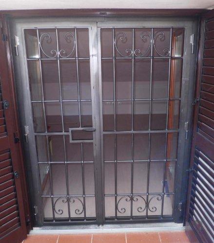 Cancello portone ferro battuto . realizzazioni personalizzate . 555