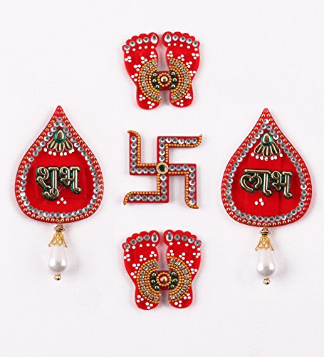 Itiha Shubh Labh, Lakshmi Piedi, Swastik Acrilico Showpiece Porta Appeso Diwali Gift/Festive Gift/Haldi Kumkum Return Gift/Puja Thali/Wedding Return Gift Decorazione–Set di 5