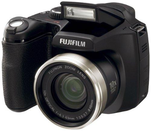 FujiFilm FinePix S5800 Digitalkamera (8 Megapixel, 10-fach opt. Zoom, 6,4 cm (2,5 Zoll) Display)