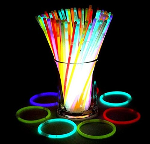 "Bukm Luces químicas, 8 ""Glow Stick Pulseras Light Sticks Collares Party Pack Mezcla de Colores para Halloween, Fiestas, Bodas, Bares Party Favors (Tubo de 100)"