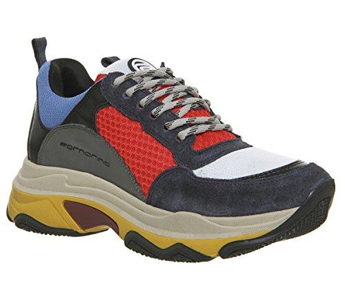 Se volete una scarpa che attiri l attenzione allora dovete guardare i  modelli Super 4 Red e Super 4 Fuxia. 33a44119876